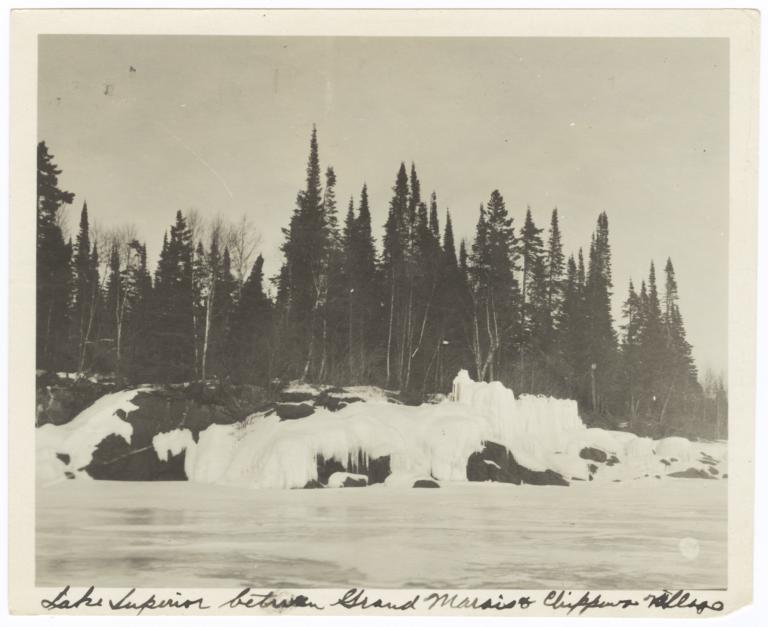 Shore of Lake Superior between Grand Marais and Chippewa Village