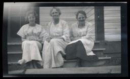 Baptist Missionaries, Miss Boynton, Miss Garness and a Visitor, Puite Indian Mission, Fallon, Nevada