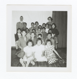 Class Photo, Elementary Age Boys and Girls, Wahpeton, North Dakota