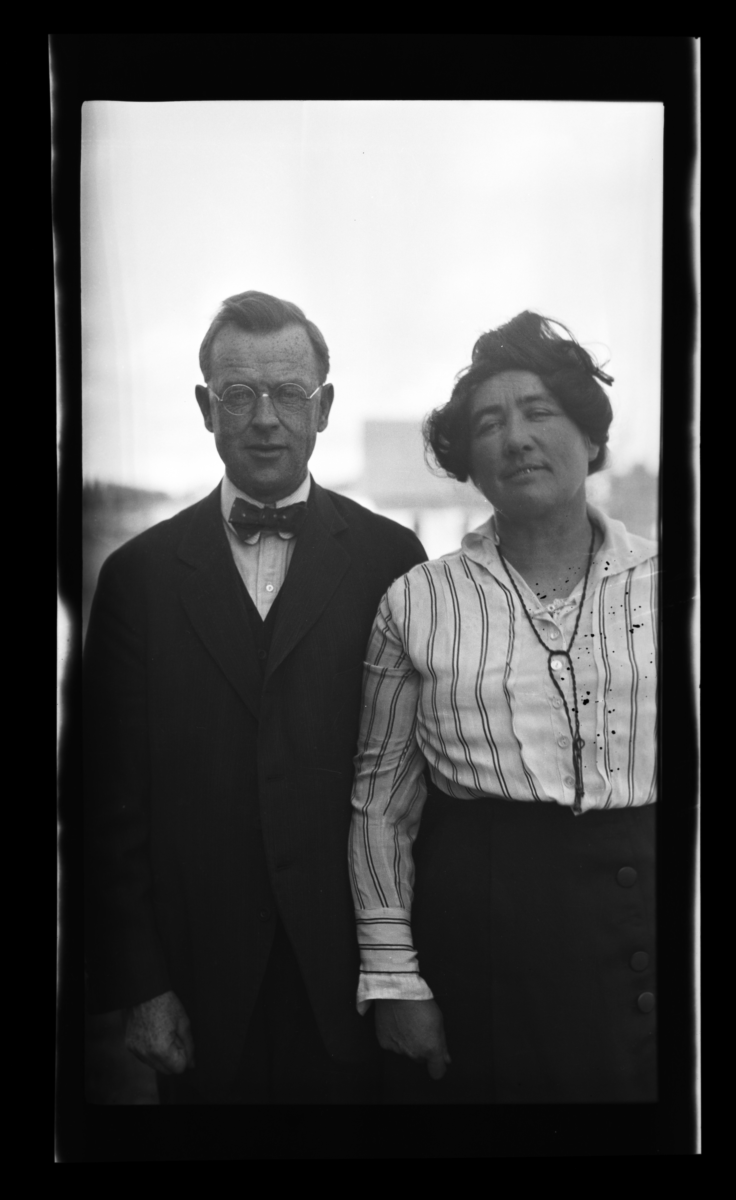 Reverend and Mrs. W. A. Matthews on the Umitilla Indian Reservation, Oregon