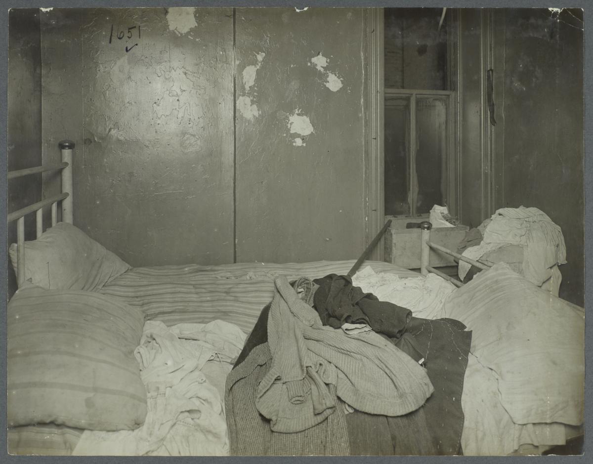 Bedroom, Tenement
