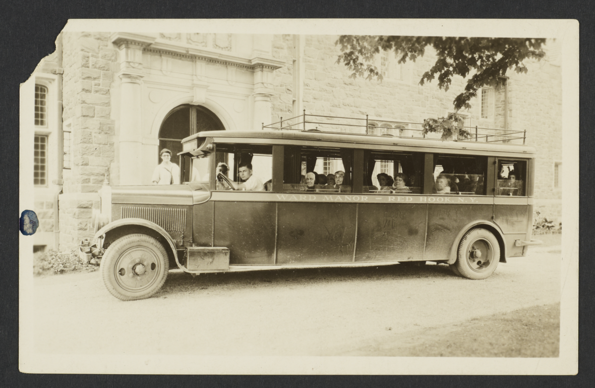 Ward Manor, Elderly Residents in a Bus in Front of Manor House