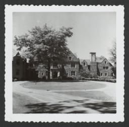 Ward Manor House with Driveway