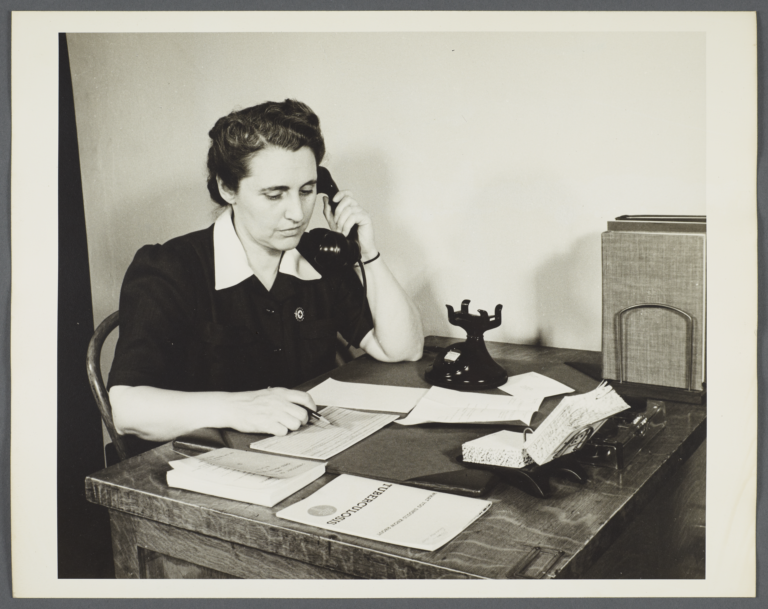 Nurses' Family Health Series: Tuberculosis Album -- Nurse Telephones Hospital Social Workers
