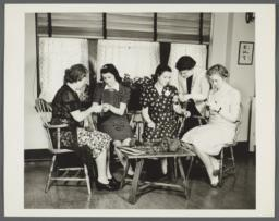 Nurses' Family Health Series: Tuberculosis Album -- Learning to Knit for Men in Armed Forces