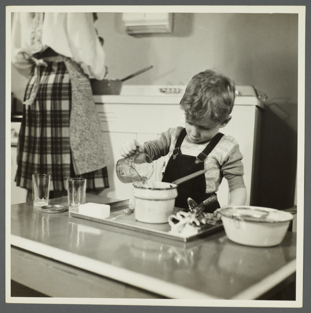 Lenox Hill, 1948-1949 Album -- Boy Mixing Ingredients